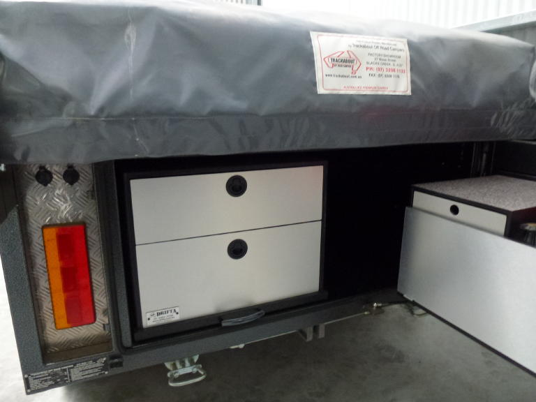 Beautiful The World Of The Teardrop Trailer Has  Of Pantry And Drawer Storage Space The Max Also Has LED Lighting, A 13,500 BTU Air Conditioner, And A Furrion Stereo