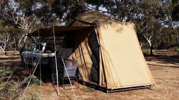 Camper Trader1673